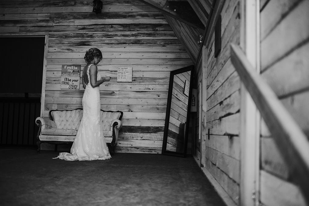 bride reading her vows before the ceremony