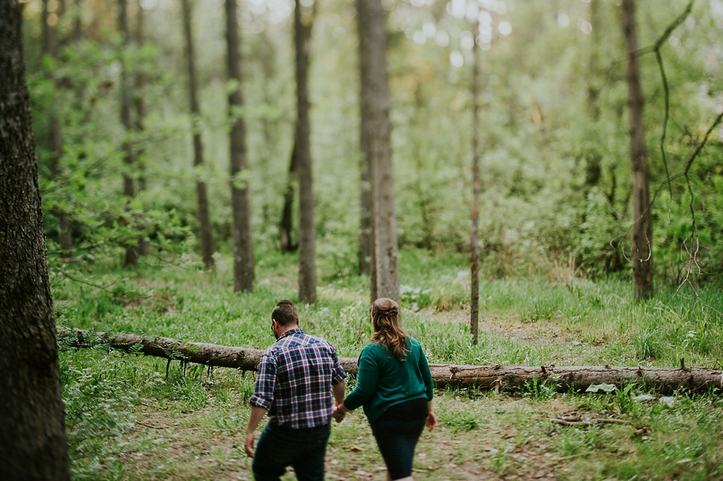 mill creek ravine engagement session