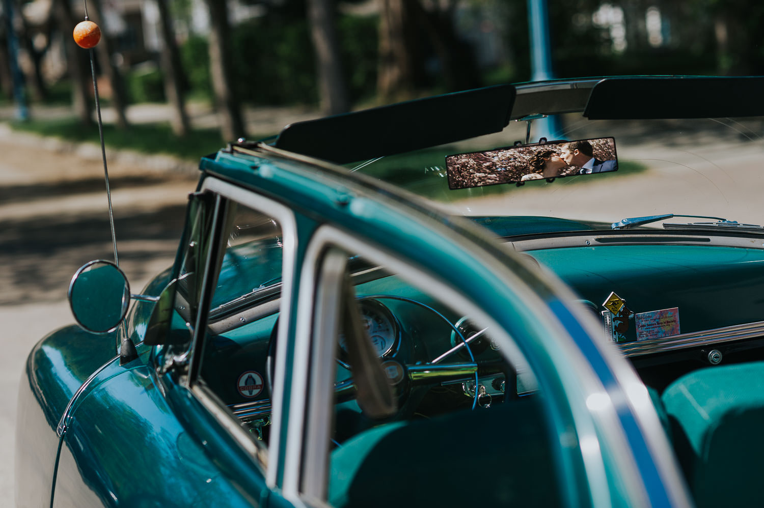 antique car wedding